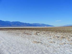 Най-високата температура на планетата - 56,666 градуса - е измерена в Долината на смъртта през 1913 г.