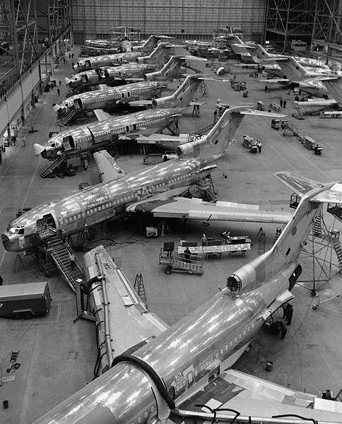 Производство на Боинг-727. Последния самолет от този модел е произведен през 1984г. Снимка: Boeing Dreamscape
