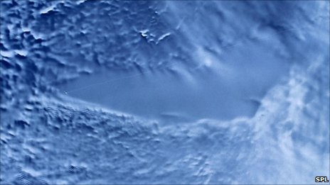 Радарно сателитно изображение на езерото Восток, Антарктида. Снимка: НАСА