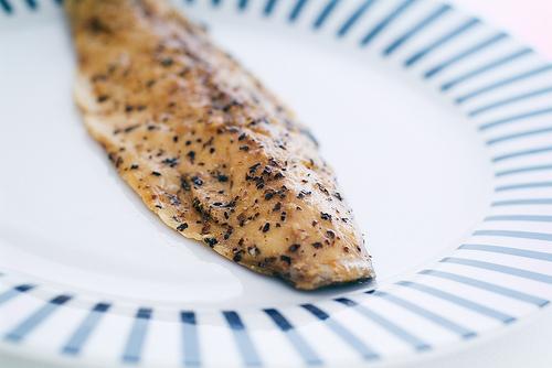 Ястие от скумрия. Скумрията е една от рибите с най-високо съдържание на Омега-3 мастни киселини. Диета богата на тези вещества намалява риска от рак на гърдата, твърдят учените. Снимка: StuartWebster