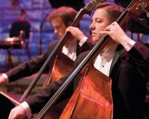 """""""Изследването ни показва, че музикалната хармония може да бъде научена и е въпрос на това мозъкът да се тренира да чува звуците"""", казва Доц. МакЛахлан от университета на Мелбърн. Снимка: More Good Foundation"""