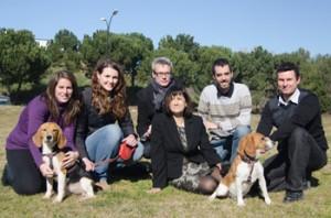 Екипът на Фатима Бош, провел успешното лечение на захарен диабет тип 1 при кучета. Снимка: UAB