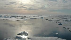 Според американските учени не става въпрос дали, а кога точно в Северния ледовит океан няма да има лед през лятото. Снимка: Jeremy Potter, NOAA/OAR/OER
