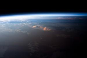 Моделът, разработен от учените, успешно обяснил периодични изменения в продължителността на деня с колебания в земното ядро. Снимка: НАСА