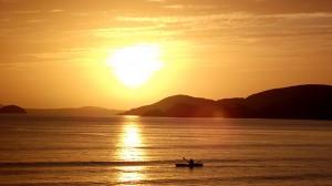 Нивото на океаните се е вдигнало със 17 сантиметра през последното столетие, а скоростта на покачване е нараснала до повече от 3 милиметра на година