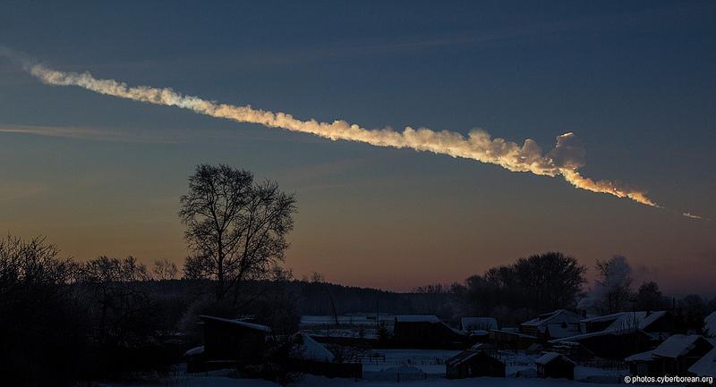 Следата оставена от челябинския метеорит. Снимка: Alex Alishevskikh (CC BY-SA 2.0)