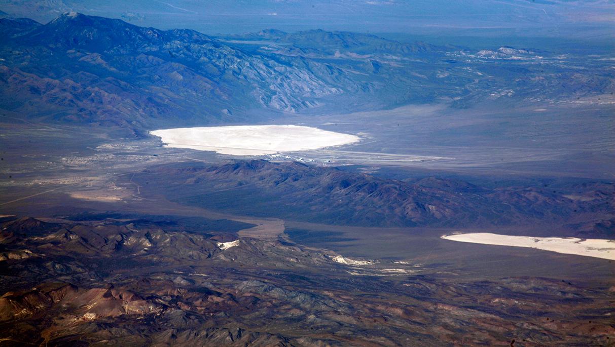 Resultado de imagen de area 51 groom lake