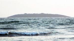 Новият остров, който се е появил след земетресението. Снимка: Latif Baloch