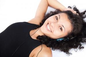 """Когато слушаме музика в мозъка интензивно се произвежда """"молекулата на удоволствието"""" допамин. Снимка: RelaxingMusic/flickr (CC BY-SA 2.0)"""