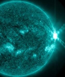 Изригването X2.3, регистрирано на 29 октомври. Снимка: SDO/NASA