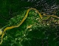 """<p>Почти по 17 000 км път на година са изграждани в бразилска Амазония в периода 2004 г. – 2007 г. показа ново проучване.</p> <p>Изследователски екип използвал налични пътни карти и … <a href=""""http://www.nauteka.bg/sciences/environment/50-000-km-put-sa-postroeni-v-amazonskata-djungla-v-braziliya-samo-za-3-godini/"""" class=""""read_more"""">още</a></p>"""