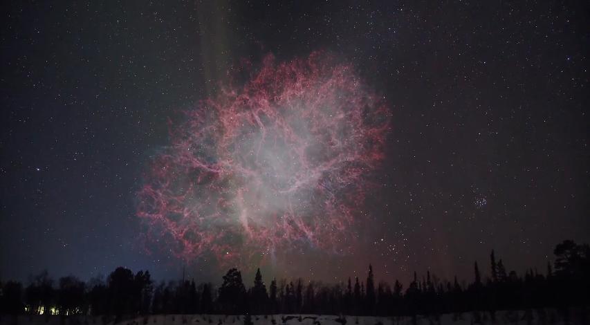 Мъглявината Рак е останка от избухването на ярка супернова. Интересно е, че това избухване е наблюдавано от китайски астрономи през далечната 1054 година. Мъглявината се намира на около 6400 светлинни години от нас, което означава, че светлината от избухването на суперновата е пътувала 6400 години, за да достигне до Земята.