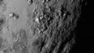 """<p>Първата снимка с високо качество на повърхността на Плутон разкрива смайващи планини от воден лед, които се извисяват на 3,5 километра!</p> <p>Невероятните ледени кули се намират в екваториалния район на … <a href=""""http://www.nauteka.bg/sciences/astronomy/novi-snimki-razkriha-planini-ot-led-na-pluton-i-ogromen-kanyon-na-lunata-haron/"""" class=""""read_more"""">още</a></p>"""