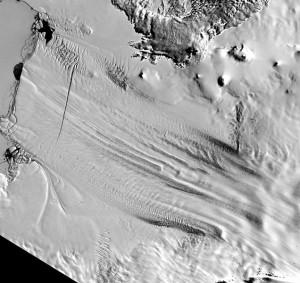 Сателитна снимка на глетчера Пайн Айлънд. Източник: NASA