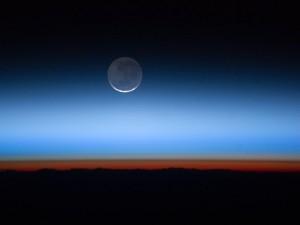 Луната, заснета от борда на Международната космическа станция. Снимка: NASA