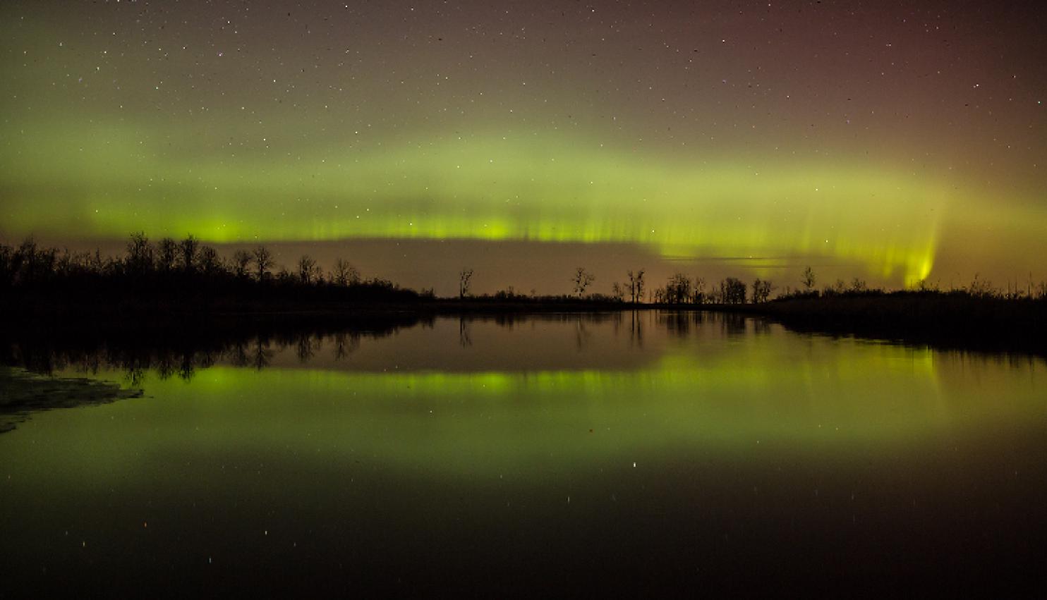 Сиянието над Уисконсин, САЩ. Снимка: Ken Cravillion