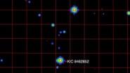 """<p>С излизането на трейлъра на новия епизод на """"Междузвездни войни"""" пристига и новина за една необичайна звезда много, много далеч. Обозначена като KIC 8462852, звездата бе в основата на невероятна … <a href=""""https://www.nauteka.bg/sciences/astronomy/shte-preslushat-za-signali-zvezda-okolo-koyato-moje-da-ima-izvunzemni-mega-strukturi/"""" class=""""read_more"""">още</a></p>"""